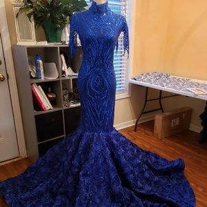 Sequined gown size Large.